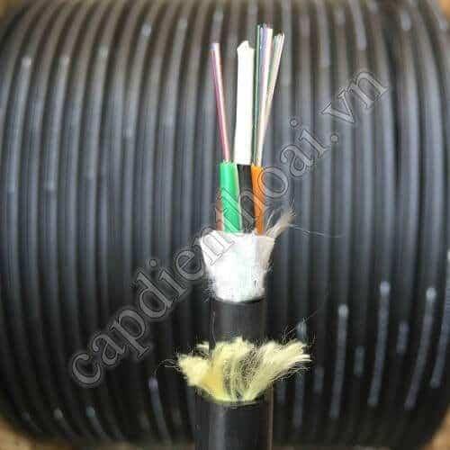Cáp quang ADSS 8Fo Khoảng vượt 200m hay còn gọi là cáp quang ADSS 8 sợi, 8 core, fiber cable 8 core